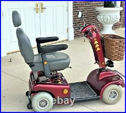 Mobility scooter Shoprider Sunrunner looks good 4 wheel scooter runs great