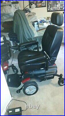 Power wheelchair Titan by Drive excellent condition runs great /Mobility scooter