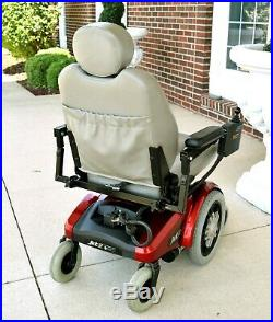 Pride Mobility Jet 2 superb condition handles up to 350 pounds rugged chair