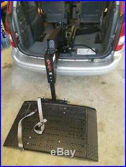 Universal freedom mobility scooter/wheel chair electric lift for cars Vans etc